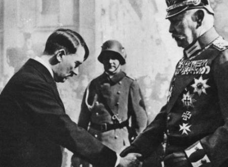 Hitler: il Giuramento come Cancelliere Tedesco